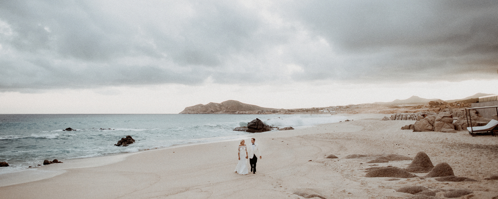 beach wedding photography real wedding grand velas los cabos